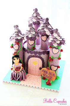 Princess Castle Cake © Bella Cupcakes (Vanessa Iti)