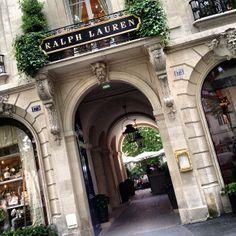 Herm s boutique rue du faubourg saint honor in paris boutiques en france pinterest bags - Restaurant boulevard saint martin ...
