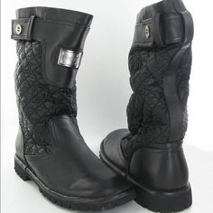 """Black guess """"June bug"""" rain boots Like new, worn a few times (no more than 5) they're too small for my feet. They're size 8 and I'm a size 9 -- Price negotiable - reasonable offers only please Guess Shoes Winter & Rain Boots"""