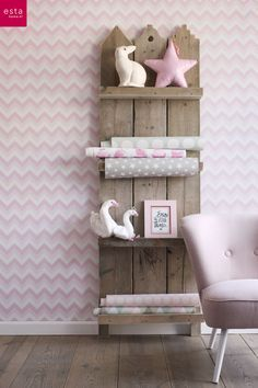vliesbehang zigzag licht roze en wit. Collectie Everybody Bonjour ESTAhome.nl