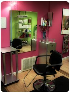 yes, of course there will be pink everything on my salon, why ya ask!? lol