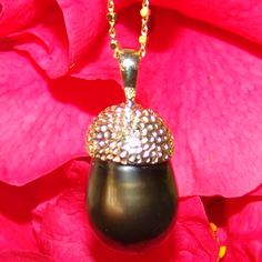 13.2 x 23.7mm Black Tahitian Pearl Necklace set in 14ct Yellow Gold on a 18 inch Ball/box chain