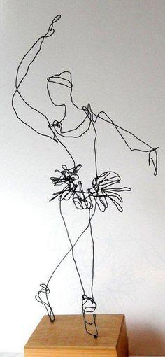 bailarina wire sculpture Simone Grecco