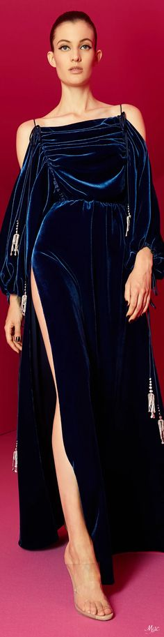 Fashion Themes, All Fashion, Fashion 2020, Runway Fashion, Fashion Show, Autumn Fashion, Vintage Fashion, Womens Fashion, Alexis Mabille