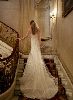A stunning wedding dress from Emma Victoria Payne - her store is close to Kuoni Knightsbridge!