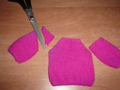 HOW TO MAKE a sweater for Barbie : My Outfits 24.  by Shasarignis.  sock doll clothes