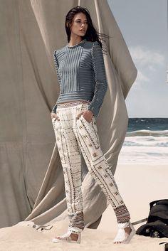 #Model #Editorial #Beach #Knit #Print #Paisley #Style #Fashion #BiographyInspiration
