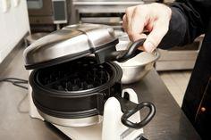 Gofri tészta Waffle Iron, Oven, Kitchen Appliances, Cooking, Recipe, Hampers, Waffles, Diy Kitchen Appliances, Kitchen