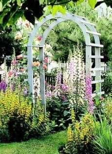 Beautiful English cottage garden. This is the kind of garden that I like the most.