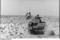 Panzer II driving trough Africa in April 1941 - pin by Paolo Marzioli Panzer Ii, Mg 34, Afrika Corps, North African Campaign, Erwin Rommel, Photo Dump, Time Photo, Luftwaffe, War Machine