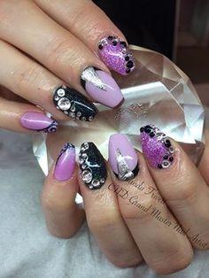 Amanda Trivett uses CND Shellac Cake Pop, Beckoning Begonia & Blackpool with #Lecenté Holographic Black & Lavender, embossed design & Swarovski Crystals #nails #nailart