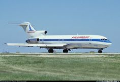 I love classic airliners!  My favorite is the Boeing 727