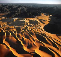 Sand dunes of the Sahara