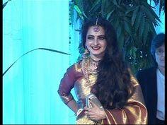 Rekha at Esha Deol's wedding reception.