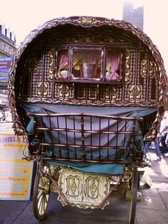 Gypsy Wagon...so colorful!