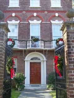 Holiday Exhibits at the Nathaniel Russell House and Aiken-Rhett House Museums
