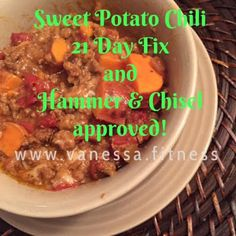 Sweet Potato Chili with container equivalents for 21 Day Fix and Hammer and Chisel. Paleo, gluten free, dairy free.