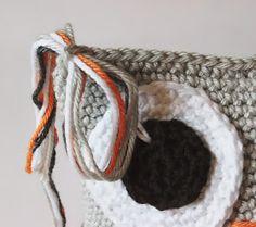 Amigurumi Owl Making - Amigurumi - Crochet Owl Pillows, Crochet Birds, Crochet Animals, Owl Crochet Pattern Free, Free Pattern, Knitted Owl, Crochet Poncho, Merino Wool Blanket, Projects To Try