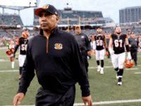 """Cincinnati Bengals head coach Marvin Lewis will be away from the team to deal with an unspecified """"minor health issue,"""" the team announced… Cincinnati Bengals, Pittsburgh Steelers, Breitbart News, Front Office, Latest Sports News, Marvin Lewis, Coaching, Nfl, Interview"""
