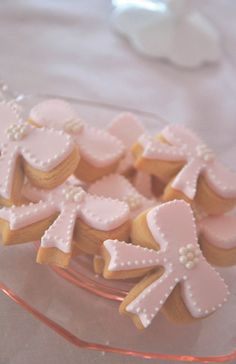 pink bow cookies