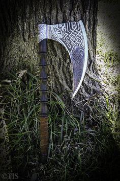 TREE OF LIFE Viking Battle Axe
