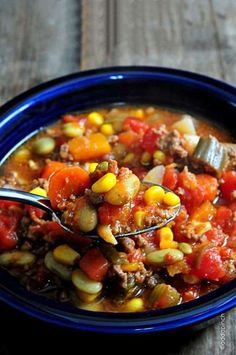 Slow Cooker Vegetable Beef Soup Recipe - You just have to make this delicious crock pot soup Crock Pot Recipes, Crockpot Dishes, Crock Pot Soup, Slow Cooker Recipes, Cooking Recipes, Healthy Recipes, Stone Soup Recipe Crock Pot, Turkey Crockpot Soup, Crockpot Meals
