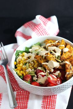 Give your oven a break and make this tasty vegan curry tempeh salad which only requires one pan and about 30 minutes to whip up! Vegan Curry, Vegan Vegetarian, Vegetarian Recipes, Healthy Recipes, Whole Food Recipes, Cooking Recipes, Vegan Dishes, Soup And Salad, Salads