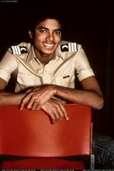 The Michael Jackson Hand Appreciation thread - Page 5