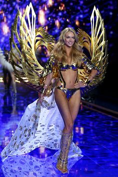 All The Runway Looks From The 2014 Victoria's Secret Fashion Show #Elle #VSFASHIONSHOW2014