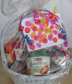 Day 27. Put together gift baskets for neighbours with dates, cupcakes, ornaments and eid card.