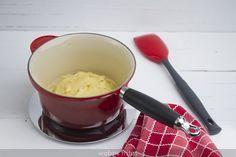 Te doy una buena receta de masa choux, unas instrucciones, y unos consejos, trucos y soluciones para evitar los errores más comunes.