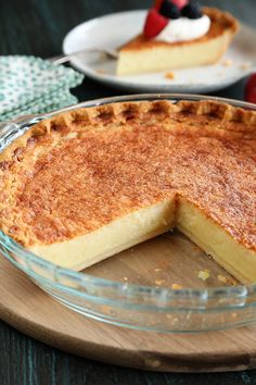 Pie recipes 453245150001289363 - Buttermilk Pie is a classic southern custard pie recipe that makes a perfect dessert! Source by ocexne__ Southern Buttermilk Pie, Buttermilk Recipes, Buttermilk Pie Recipe Paula Deen, Butter Milk Pie Recipe, Buttermilk Chess Pie, Evaporated Milk Recipes, Lemon Chess Pie, Easy Pie Recipes, Cooking Recipes