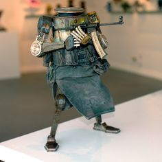 We've just added some awesome toys in our store from our friends at and the Loyal Subjects. First up, WWR Dropcloths from Ashley Wood! Ashley Wood, Post Apocalyptic Fiction, Sci Fi Characters, Designer Toys, Wood Toys, Dieselpunk, Character Design Inspiration, Home Art, Sculptures