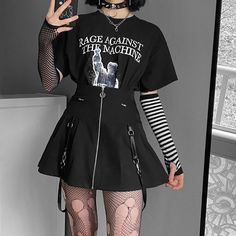Edgy Outfits, Retro Outfits, Grunge Outfits, Swag Outfits, Cool Outfits, Egirl Fashion, Grunge Fashion, Fashion Outfits, Aesthetic Grunge Outfit