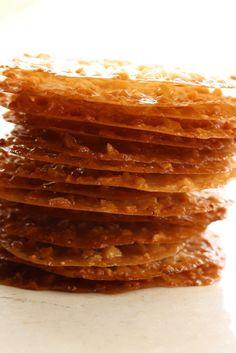 Lace Cookies - Saving Room for Dessert Swedish Cookies, German Cookies, French Cookies, British Cookies, Italian Cookies, Lace Cookies Recipe, Yummy Cookies, Lace Tuile Recipe, Tuiles Recipe