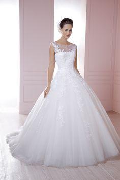 Modelo Jennifer de la Nueva Colección 2015 de Essence. #EssenceMx #Weddingdress #Bride #Wedding #Ilution #2015#Pink #White