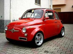 Fiat 500c, Fiat Abarth, Classic Sports Cars, Classic Cars, Fiat 126, Fiat Cars, Cute Cars, Small Cars, Cars And Motorcycles