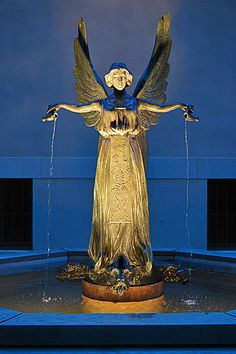 The Fountain Angel, circa 1902, by Raffaello Romanelli, at the Missouri Botanical Garden St.Louis MO