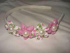 Resultado de imagem para artesanato tiara de cabelo feito com tecido passo a passo