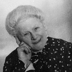Sophie Wilhelmine Henriette von Buxhoeveden (Hofdame)Baroness Sophie Buxhoeveden, was a lady in waiting to Tsarina Alexandra of Russia