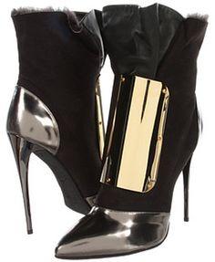(A) Giuseppe Zanotti çizmeler