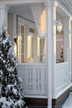 Oma koti onnenpesä: Talvinen koti