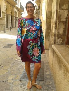 Hand painted silk Rosario P Hand Painted, Painted Silk, Silk Painting, Fashion, Silk, Rosario, Moda, La Mode, Fasion