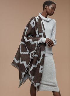 Wilfred DIAMOND MOSAIC BLANKET in COLOUR: CHOCOLATE/PALE BLUE | Aritzia  2016