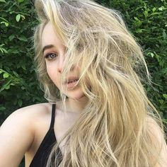 Sabrina Carpenter FOLLOW me:Mirage