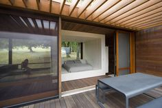 Sonoma weeHouse, a Beautiful ultra-minimal home
