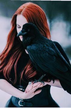 Gothic, Fantasy, Dark etc. Dark Fantasy, Fantasy Art, Fantasy Photography, Portrait Photography, Raven Photography, Character Inspiration, Character Art, Fotografie Portraits, Witch Aesthetic