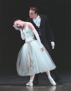 Janie Taylor and Sebastien Marcovici in Balanchine's La Valse.© Paul Kolnik. (Click image for larger version)