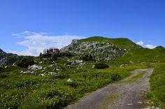 Piani di Artavaggio, Moggio LC - Rifugio Cazzaniga  #artavaggio #lecco #mountain #nature #green #sky #clouds #blue #italia #landscape #panorama #paesaggio