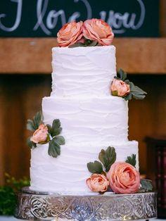 DIY Rustic Wedding Cake | Michael Meeks Photography